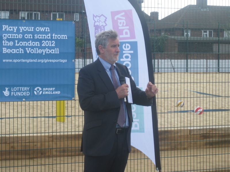 Clive opens the new volleyball court at Samuel Montague